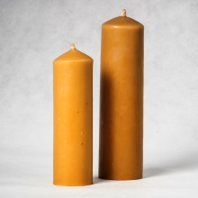Beeswax pillar candle small - 17 cm x 5 cm. Big 21 cm x 6 cm